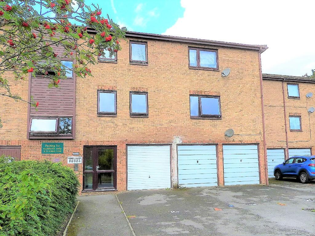 Robins Close, Cowley, UB8 2LF