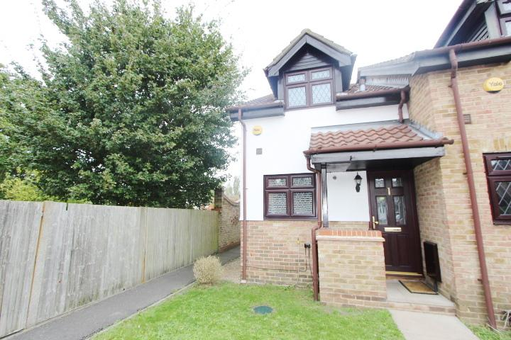 Marsworth Close, Yeading, Middlesex, UB4 9SZ