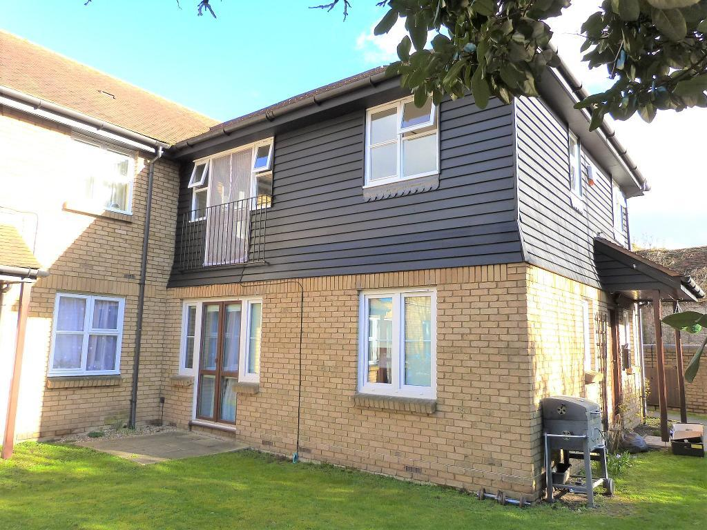 Meadowlea Close, Harmondsworth, UB7 0AF