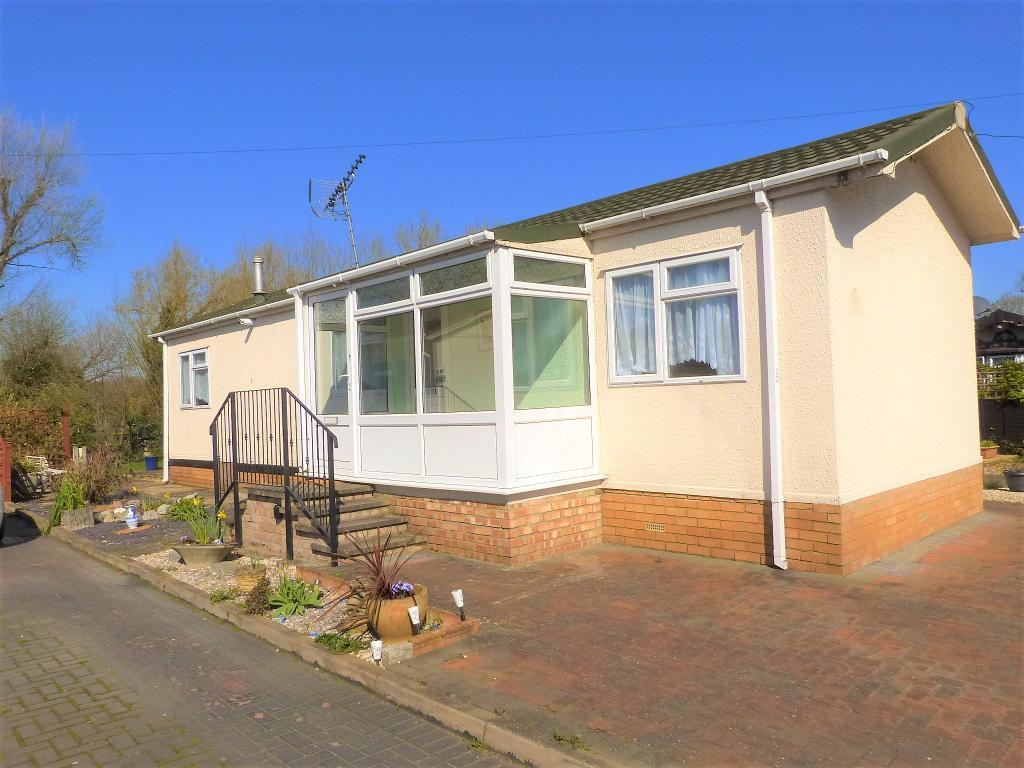 Mayfield Caravan Park, Thorneymead Road, West Drayton, Middlesex, UB7 7HA