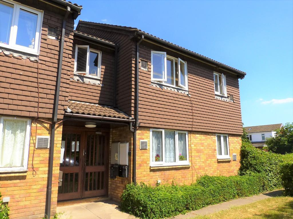 Brendon Close, Harlington, Middlesex, UB3 5NQ