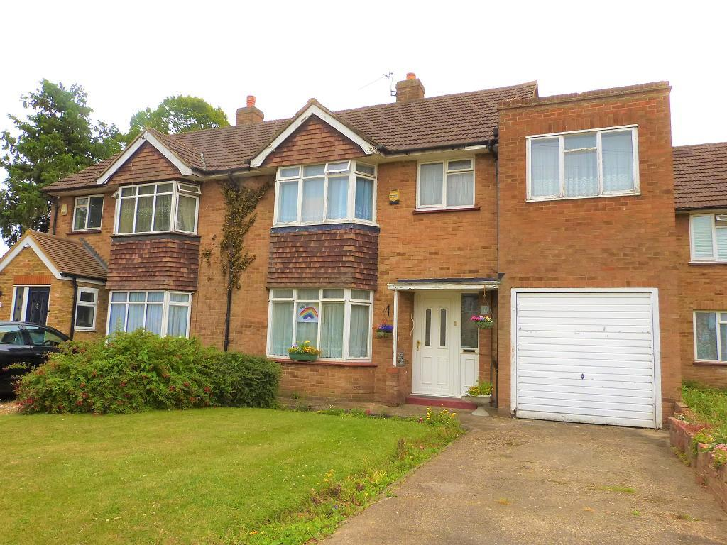 Victoria Lane, Harlington, UB3 5EW